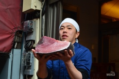 maguro-cutting-performance-2